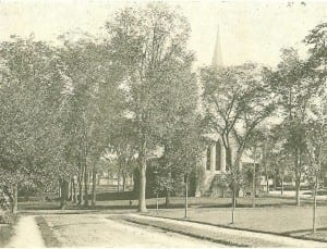 Church of the Unity from the Pleasant Street side. Courtesy of the Winchendon  Historical Society.